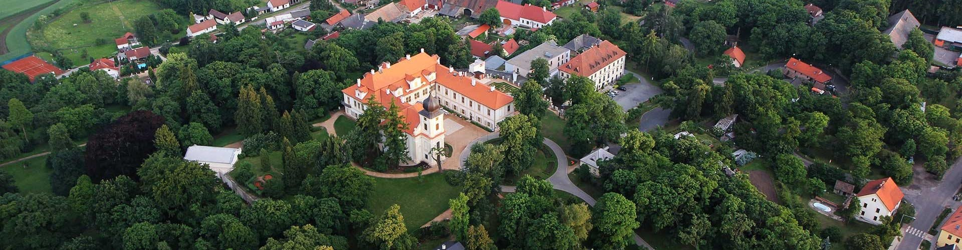 Podzim věnuje zámek Loučeň hlavně školkám