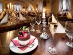 Restaurace hotelu Maxmilián 11
