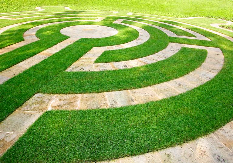 9. Pískovcový labyrint