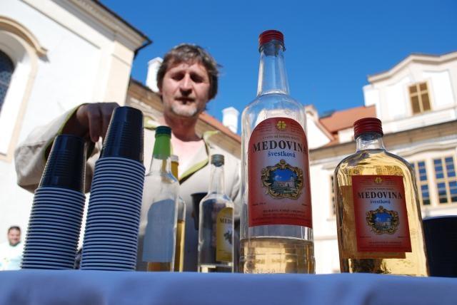 Kdo ochutnal zámeckou medovinu, nechce pít nic jiného