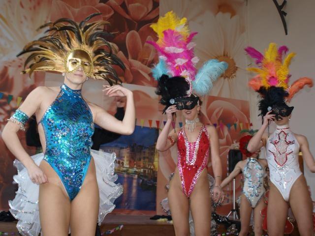 Na karneval do Benátek se s kněžnou protančilo 570 hostů