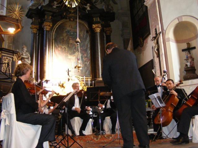 Hudební tradice zámku obohatil Česko - německý orchestr