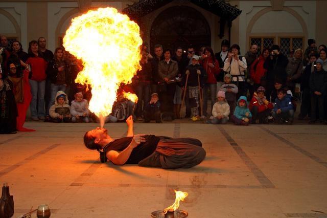 Svatý Martin letos: nejen tradiční světýlka, ale celá ohňová show
