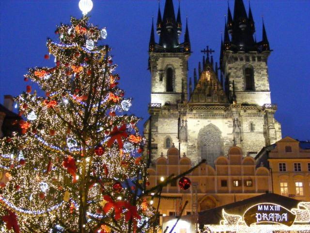 O loučeňských rekordech se mluvilo na adventních trzích v Praze