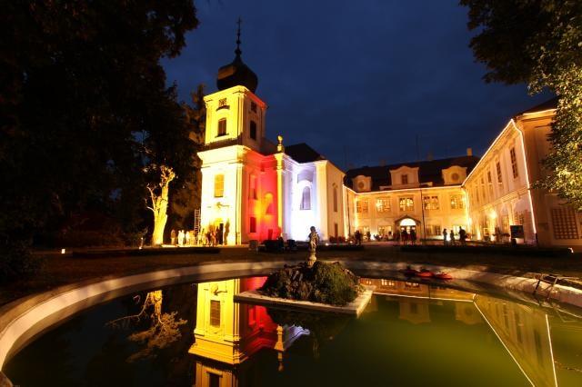 Hradozámecká noc vrátí na zámek Loučeň šarm první republiky