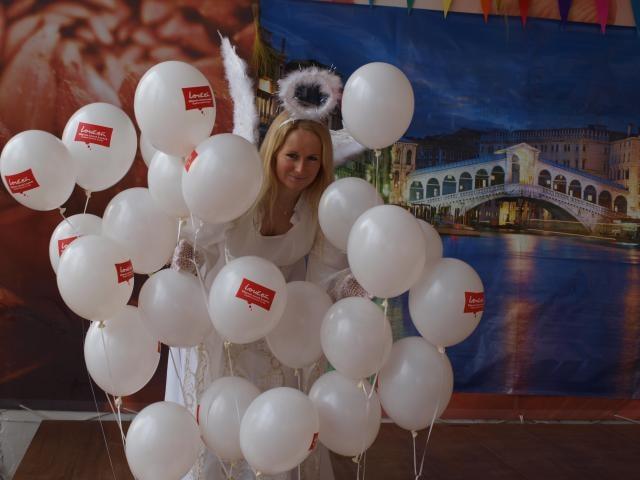 Šuškanda na zámku: vzásným hostem letošního benátského karnevalu bude samotný císař!