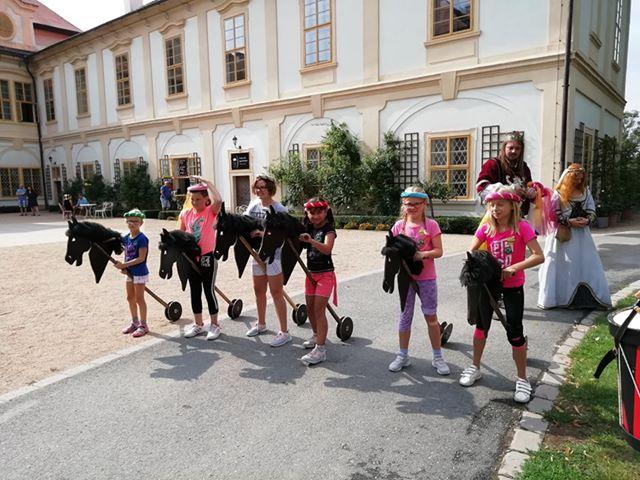 Příměstské tábory na zámku Loučeň