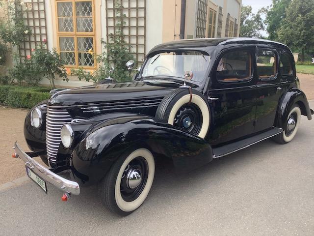 Zámek Loučeň a historie automobilismu